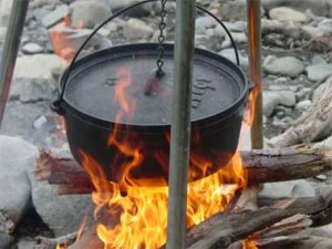 dutch_oven_campfireWEB